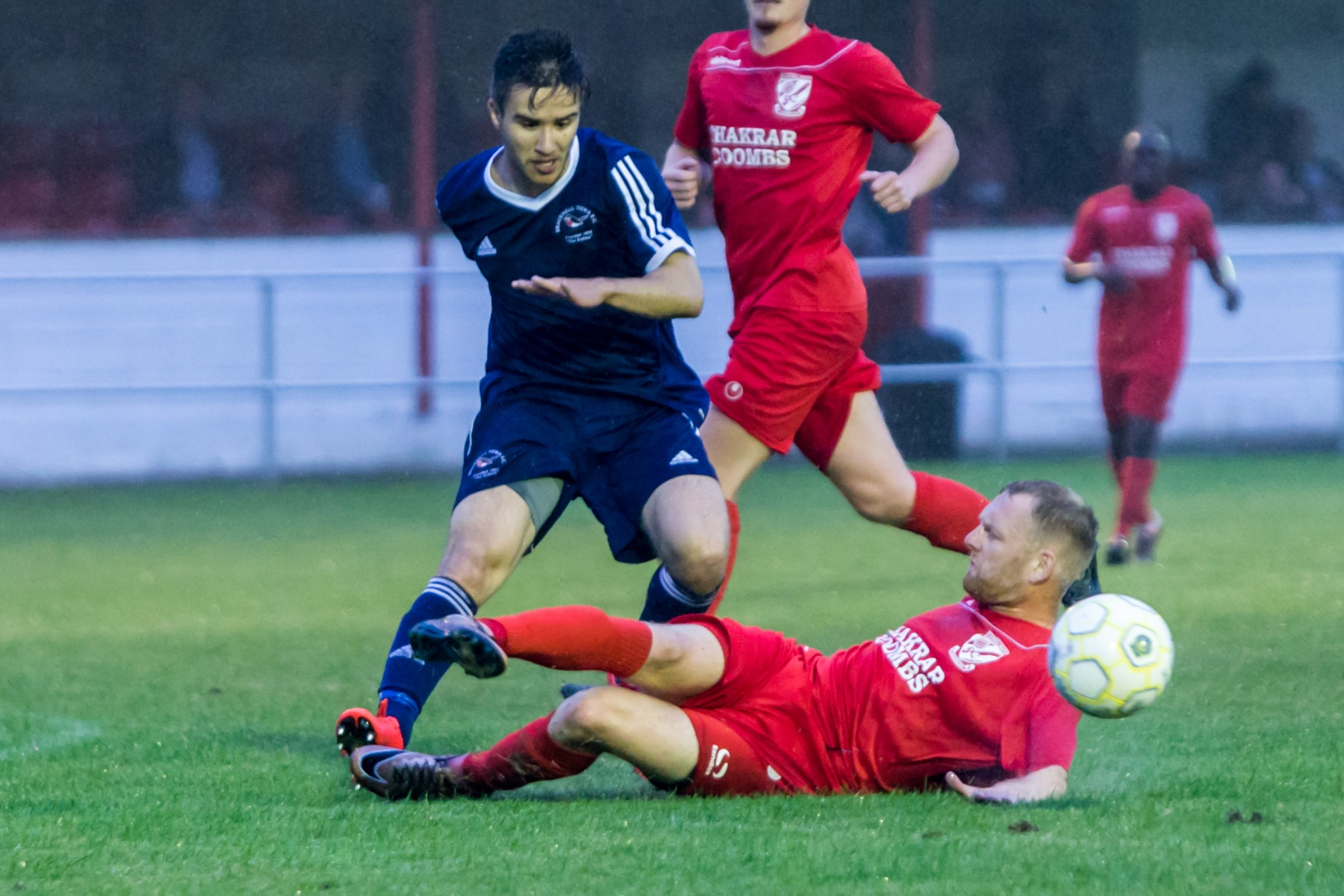 Flackwell 3 Bracknell 1: Defensive frailties cost Robins on opening day