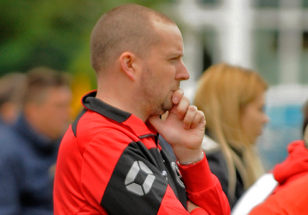 Interviews with AFC Aldermaston and Woodley United FC managers
