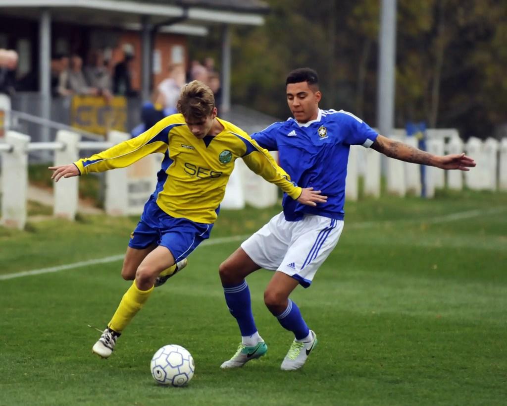 Ascot United's James Goodey. Photo: Mark Pugh.