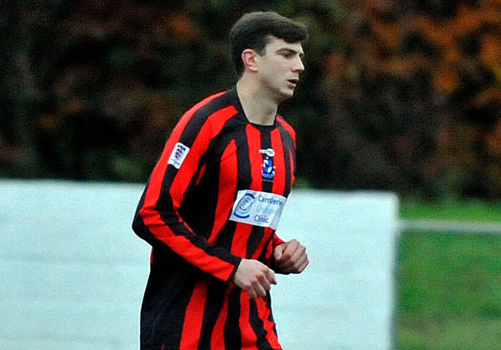 Harry Swabey joins Woodley United and all the Hellenic League player registrations 4/10/2018 to 11/10/2018