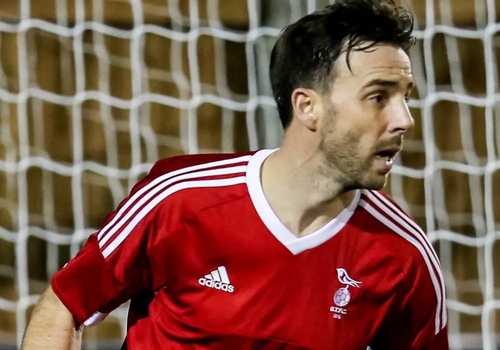 Watch Gavin Smith make a goalscoring return to Bracknell Town