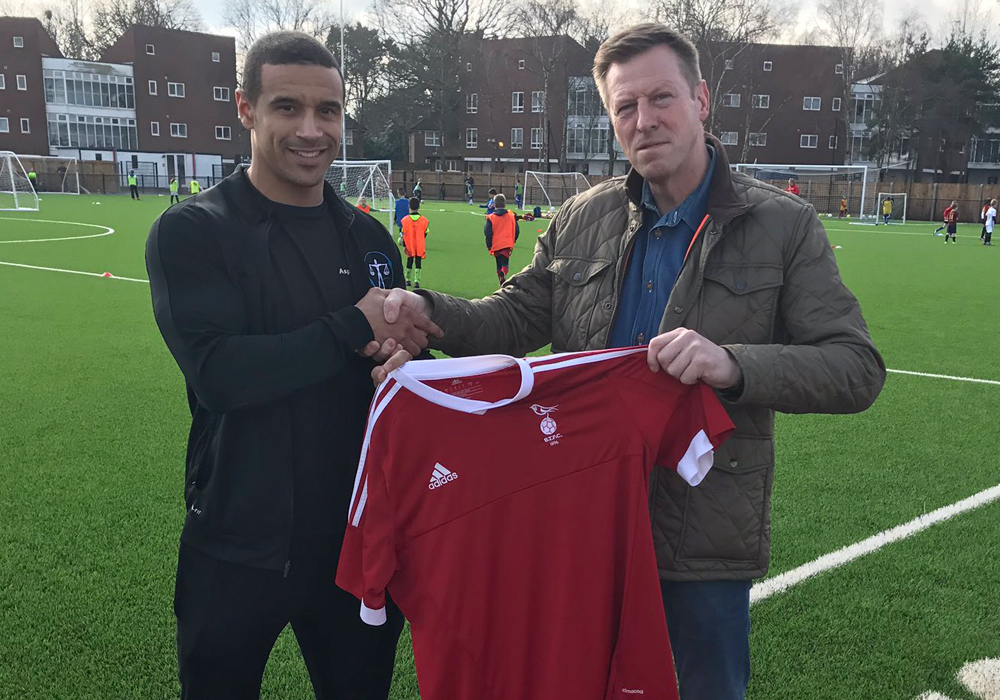 Bracknell Town announce new defensive signing from Conference South club