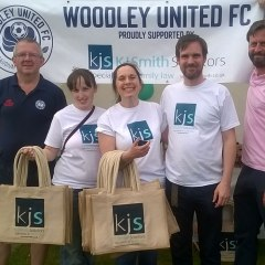 Woodley United seal shirt sponsorship deal for 2017/18 season