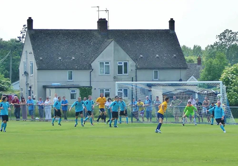 Ardley United. Photo: Laurence Reade.