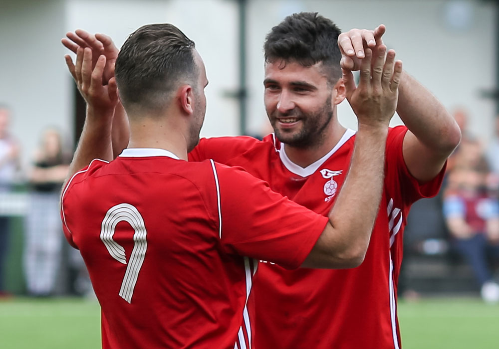 Jon Bennett double for Bracknell Town FC and Parton-Edey steps up for Atom Men