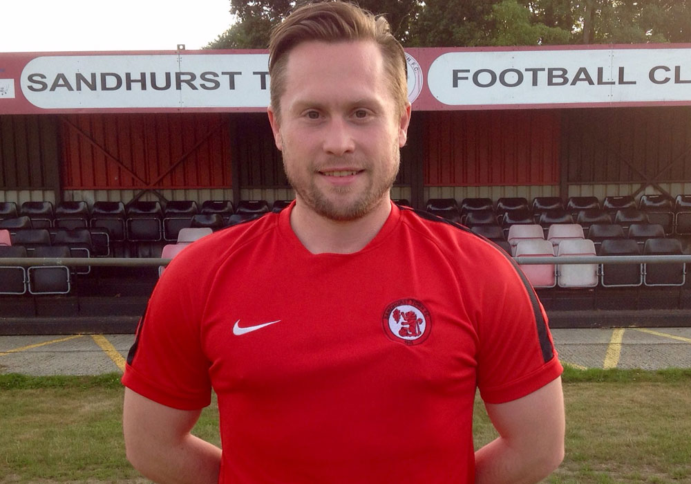 Sandhurst Town boss Luke Turkington to leave Bottom Meadow
