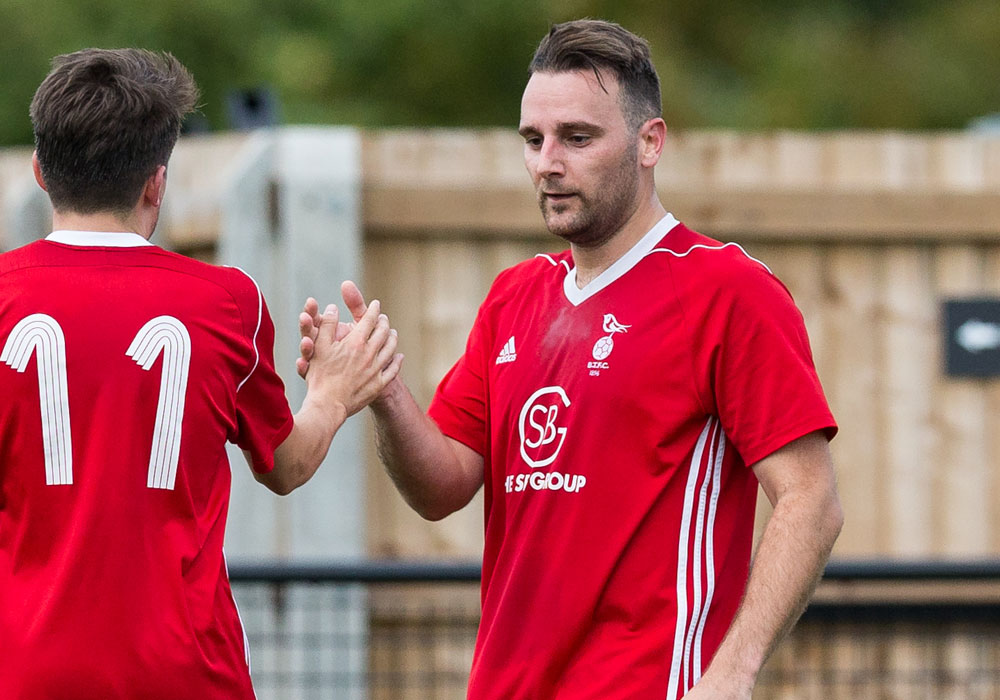 Adam Cornell rescues a point for Bracknell Town in top of the table clash