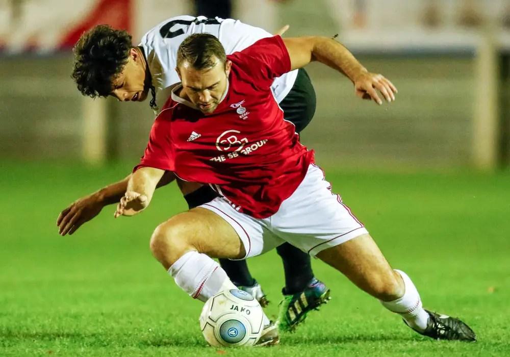 Jamie McClurg under pressure. Photo: Neil Graham.