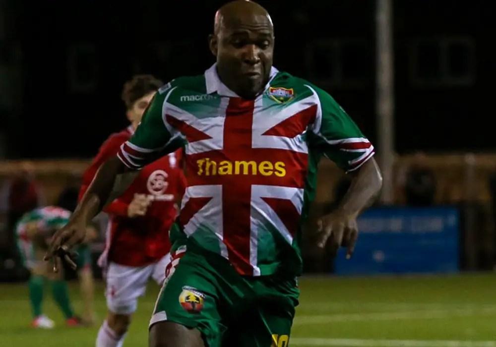 Windsor striker Barry Hayles. Photo: Neil Graham.