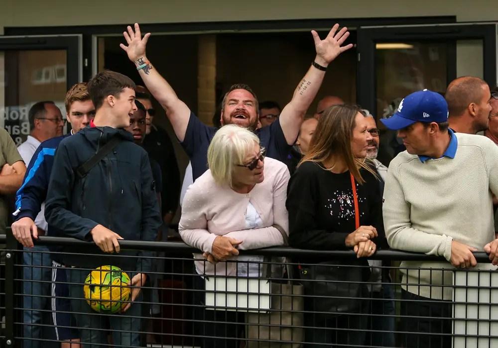 Carl Davies praises Bracknell Town supporters