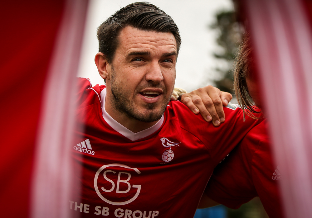 Bracknell Town player manager Carl Davies. Photo: Neil Graham.