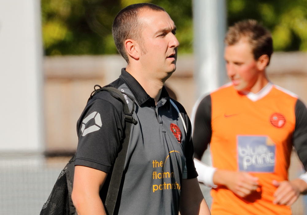 Wokingham and Emmbrook manager Dan Bateman. Photo: Graham Tabor.
