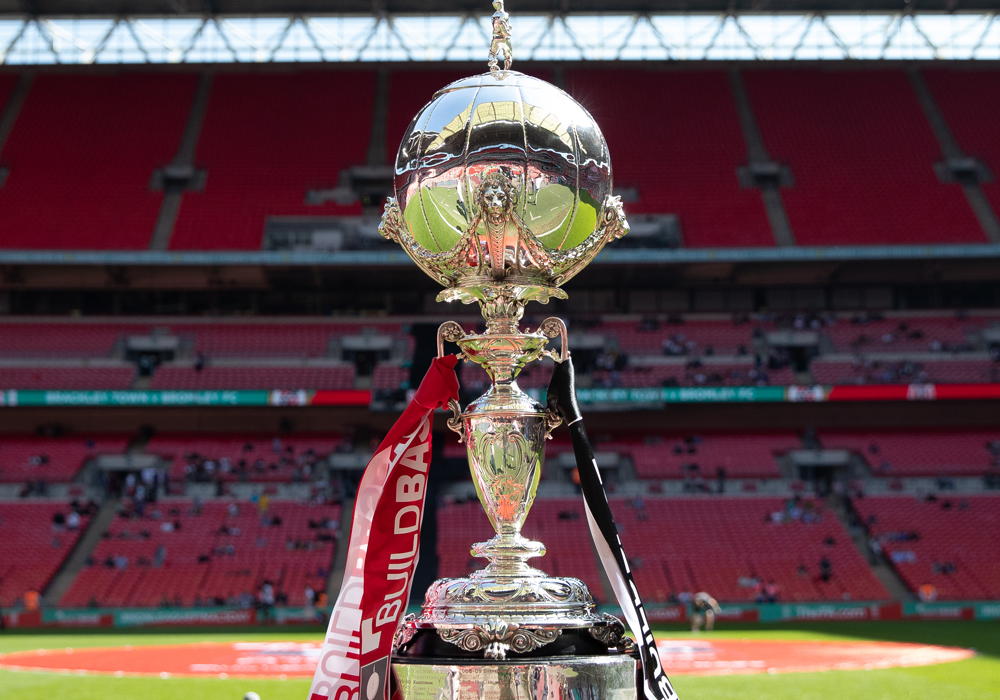 Bracknell Town face Rocks in FA Trophy and Ascot United in top-of-the-table clash