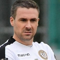 Ex Hungerford Town boss Ian Herring is getting his boots back on