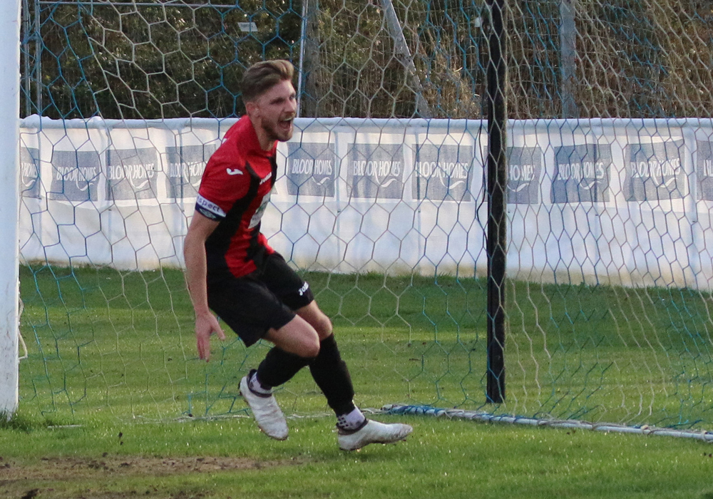 Charlie Oakley scores for Sandhurst Town. Photo: Simon Bryce.