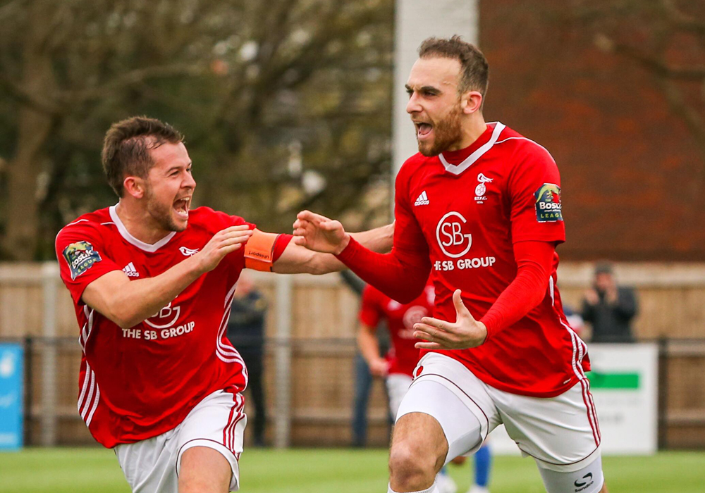 Liam Ferdinand winner puts Bracknell Town on verge of Bostik League play off