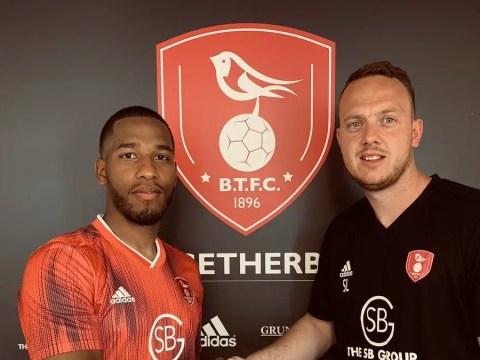Bracknell Town sign former Maidenhead United midfielder