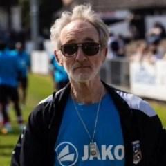 Legendary kit man Jon Urry leaves Maidenhead United