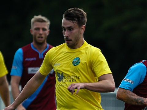 Harry Laflin hat trick in Ascot United FA Vase win
