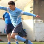 10-man Woodley United hold on for Hellenic League point
