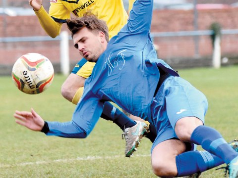 Calam Gallimore joins Hellenic League Binfield