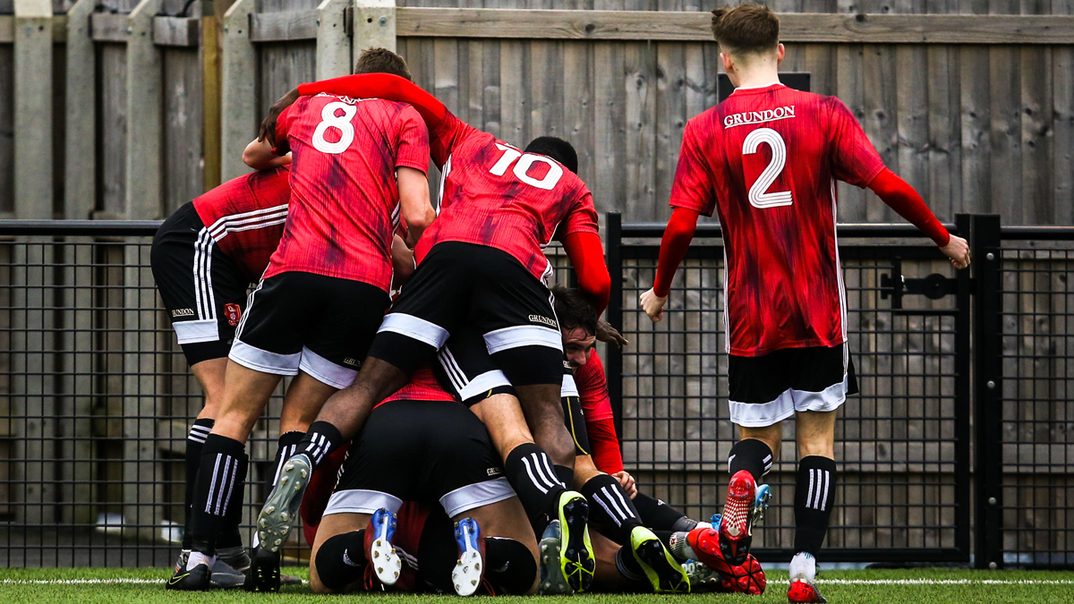 Bracknell Town hit seven in Isthmian League play off chase