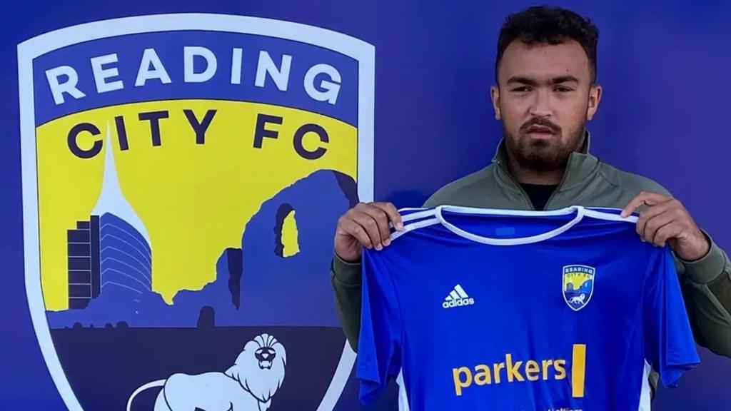 Kai Stubbs, Liam Baker sign on for Reading City