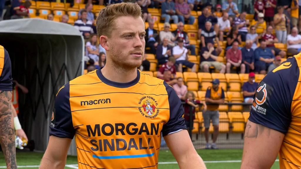 Simon Dunn announces Slough Town departure