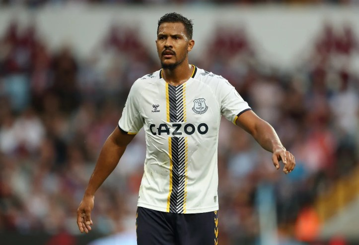 Not a day at the office to remember for Salomon Rondon   Premier League Review Matchday 5