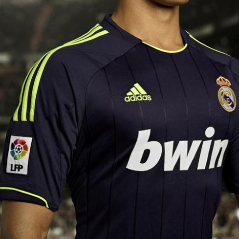 Camiseta negra del Real Madrid 2012-2013