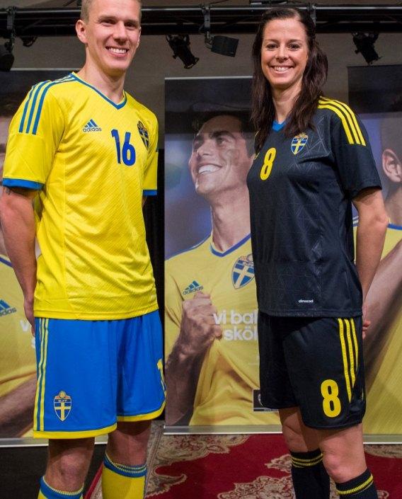 New Adidas Sweden Kit 2013 2014 Sweden Home Away Jerseys 13 14
