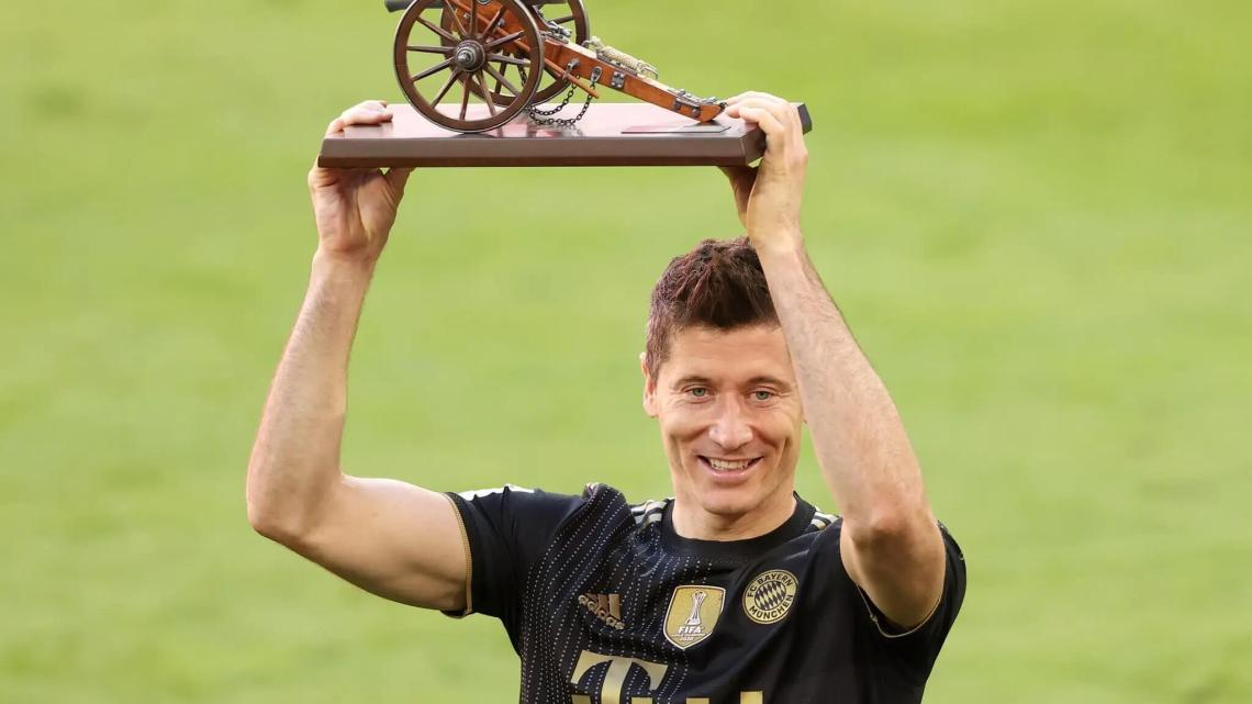 The first polish to win European golden boot