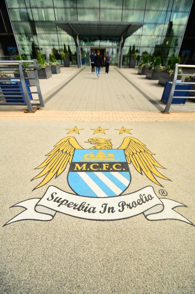Manchester City - Superbia In Proelio