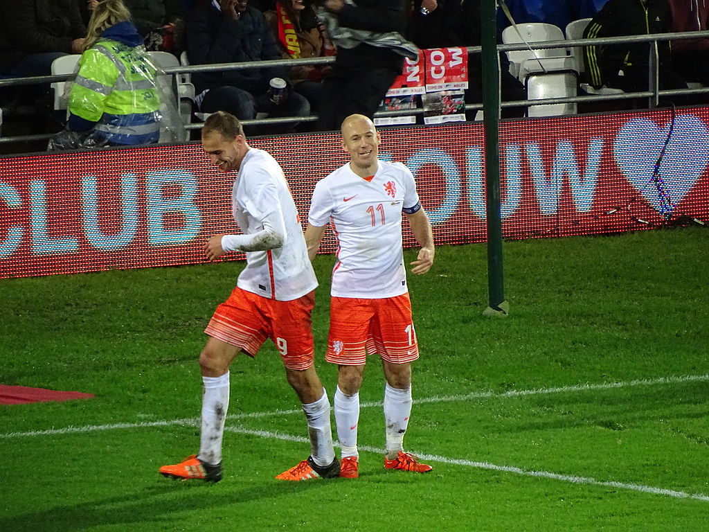 Bas Dost and Arjen Robben