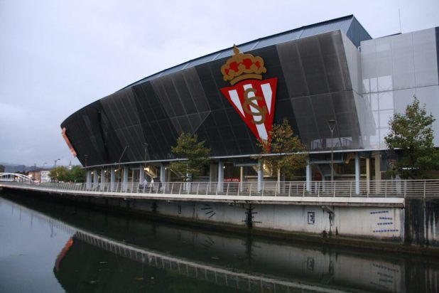 Estadio El Molinón photo