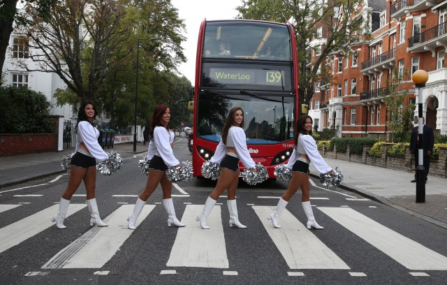oak_cheerleaders abbeyroad.jpg