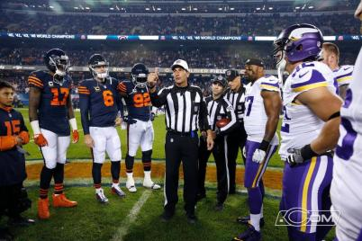 Gene Steratore (Chicago Bears)
