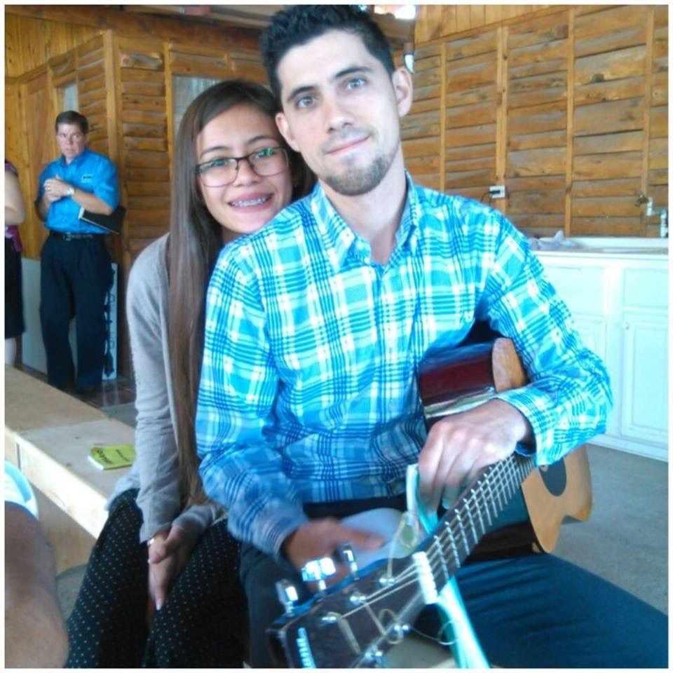 Isaac Santamaría and his girlfriend, Fabiana Solano