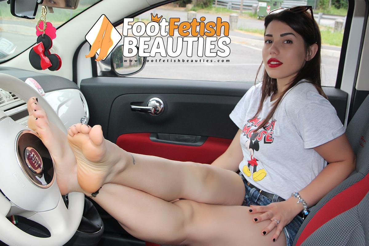 Petra03 - bare feet