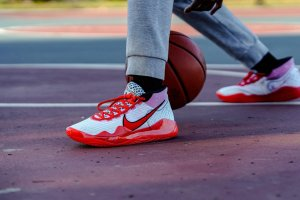 get-10-off-the-nike-kd-12-youtube-opening-night-cq7731-900