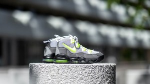 get-60-off-the-nike-air-max-95-uptempo-qs-volt-CK0891-001-sale