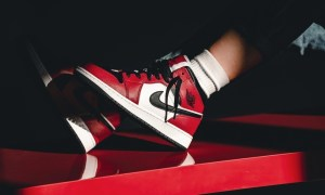 Air Jordan 1 Mid Chicago Toe 554724-069 Release Info UK
