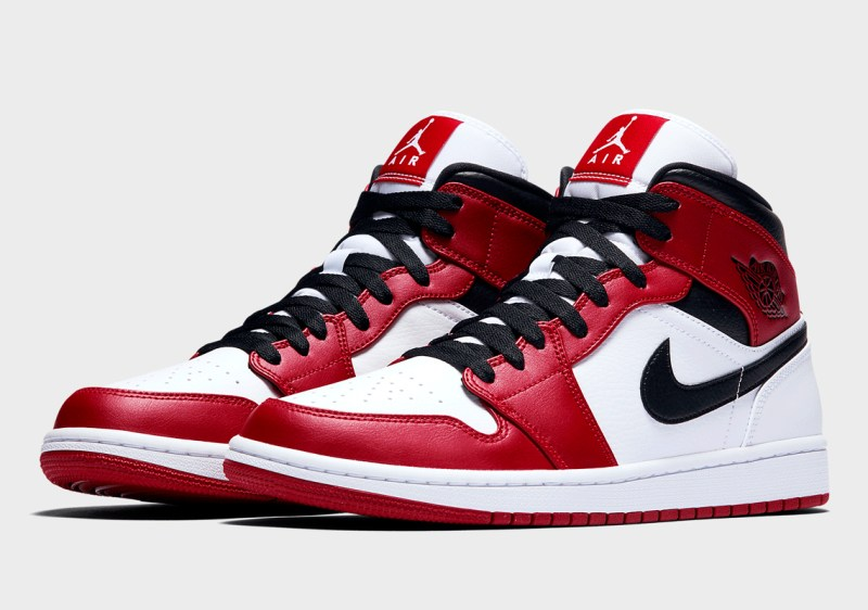 air-jordan-1-mid-chicago-554724-173-now-available 1
