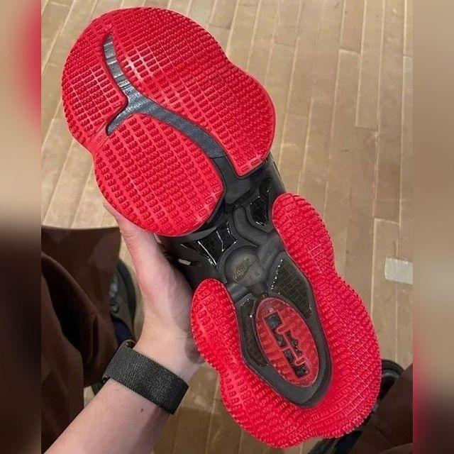 Nike Lebron 19 Bred 3