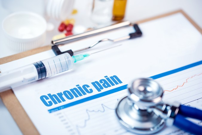 Opioid alternative through chiropractic adjustments and treatments