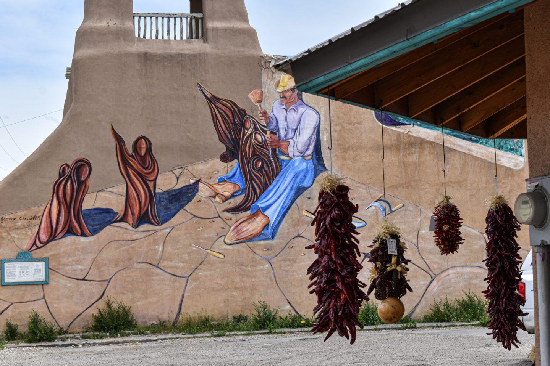 Dangly-Chilis-and-New-Mexico-Grafiti