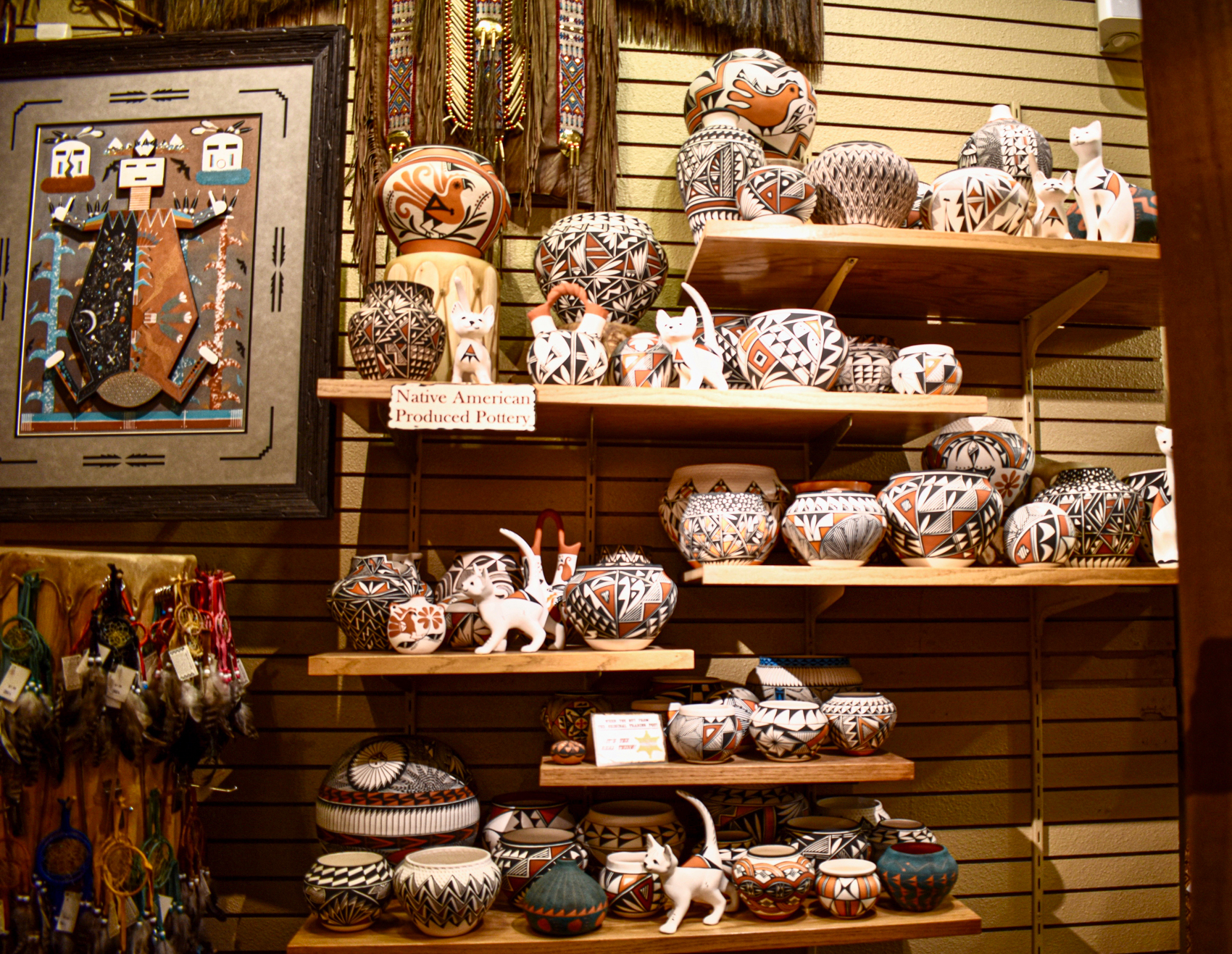 Native-American-Pottery-in-Santa-Fe