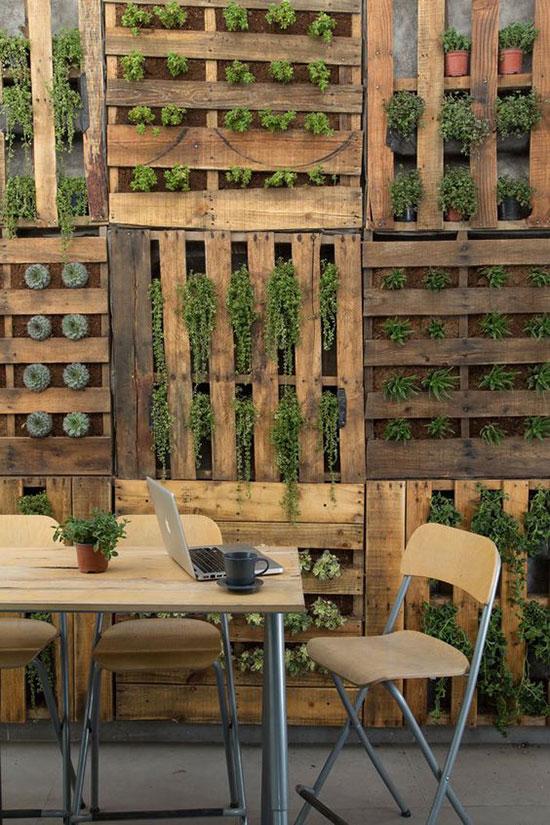 un mur en bois chez soi pour creer une