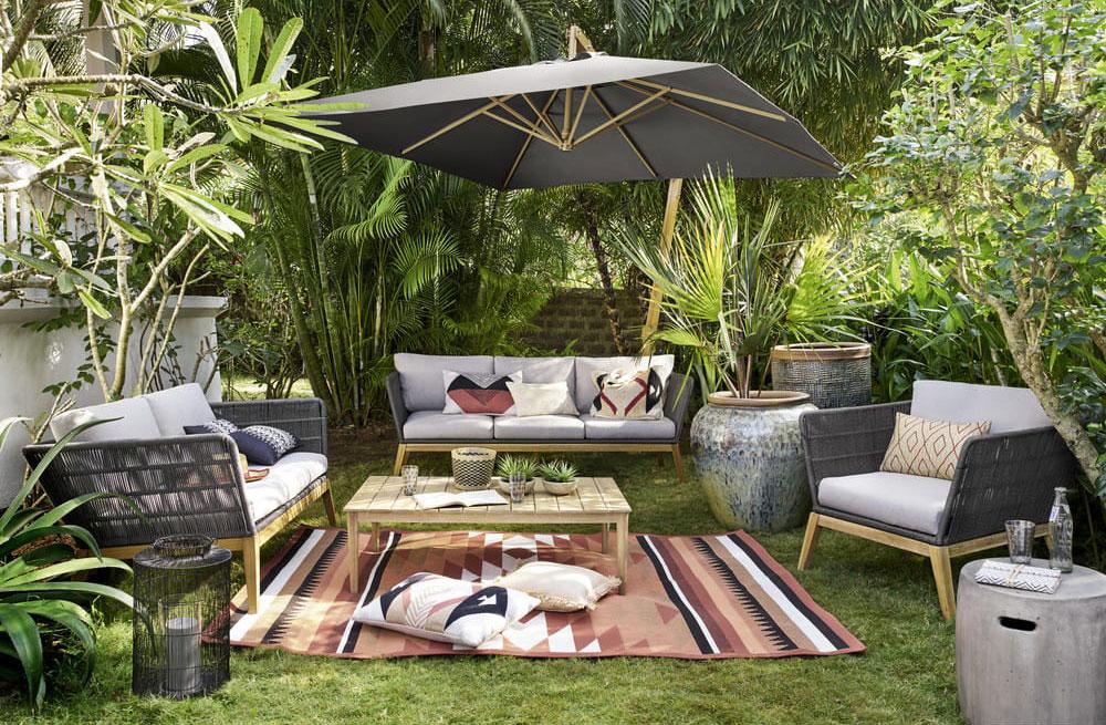 un tapis d exterieur pour une deco outdoor tendance