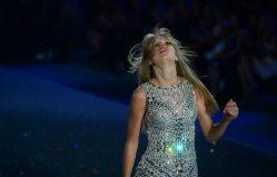 Taylor Swift alla sfilata di Victoria's Secret | © Getty Images